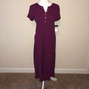 Ralph Lauren Dresses - Ralph Lauren berry midi dress /short sleeve